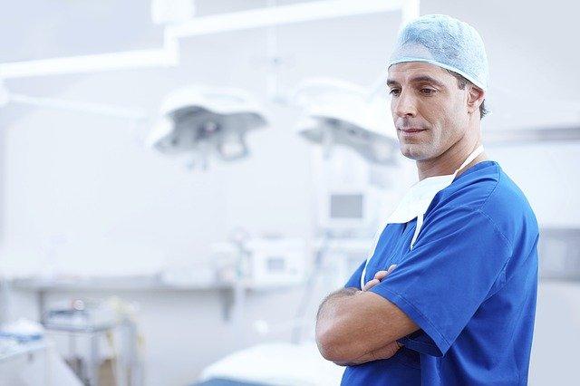 טיפול רפואי שהשתבש: מה הזכויות שלכם?